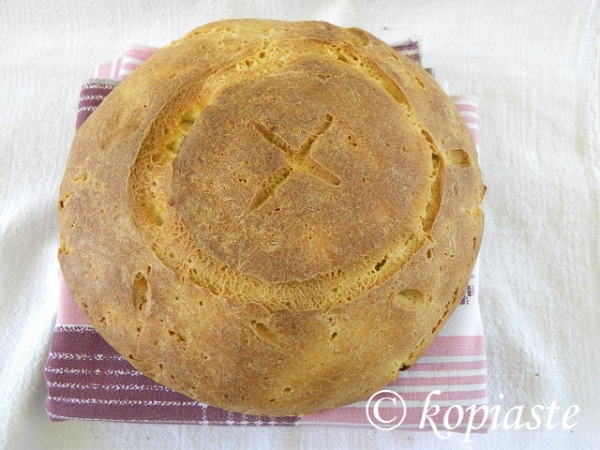 Zymoto Psomi (Cypriot Rustic Bread) / Χωριάτικο Κυπριακό Ζυμωτό Ψωμί